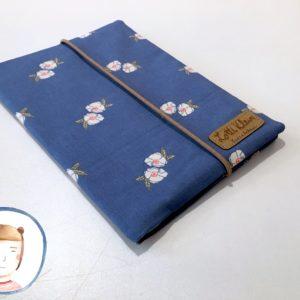Mutterpasshülle - Blumen blau - Mutterpass Hülle
