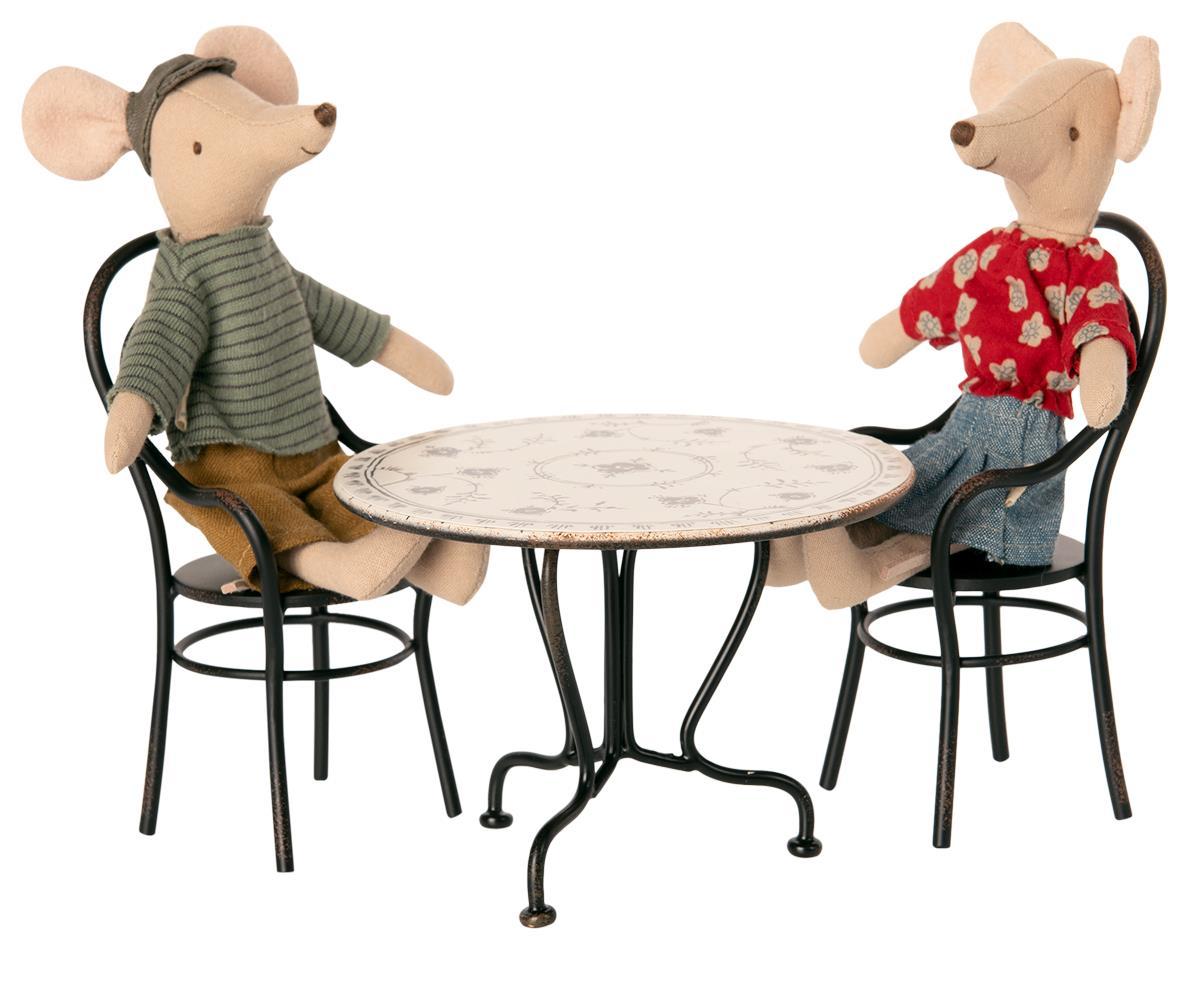 Esstisch Set mit 9 Stühlen
